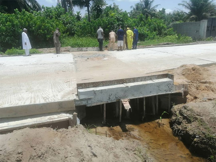 Landlords, residents protest poor execution of road project in Lagos community